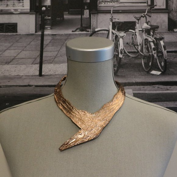 SALE! 🔥 Rose Gold Asymmetrical Statement Necklace